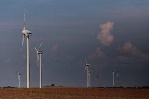 """""""Lietuvos energija"""" užbaigė vėjo jėgainių įsigijimo sandorius"""