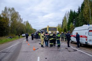 Rusijoje susidūrus autobusams žuvo 13 žmonių