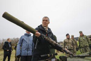 NATO vadovas: kovinių grupių dislokavimas Baltijos šalyse – atsakymas Rusijai