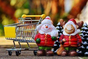 Pirkti dovanų neskuba, bet piktinasi ilgomis eilėmis