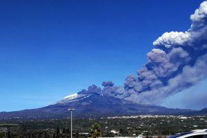 Etnos ugnikalnio apylinkes supurtė 4,8 balo žemės drebėjimas