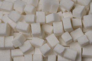 Panaikinus kvotas cukraus gamybai, lietuviai gamintojai trina rankomis