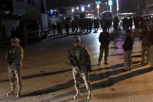 Pakistane savižudis sprogdintojas pražudė mažiausiai šešis žmones