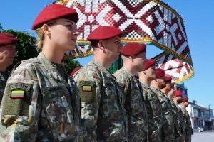 Bus apdovanoti iš operacijos Malyje grįžę Lietuvos kariai