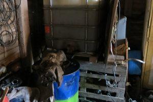 Nepažįstamieji kaimo gyventoją aprūpino naminuke, dyzelinu ir cigaretėmis