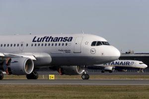"""Trečiadienį atšaukiamas """"Lufthansa"""" skrydis iš Vilniaus į Frankfurtą"""