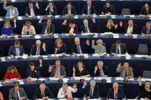 "Europos Parlamentas ragina kovoti su Rusijos ""propaganda"""