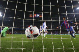 """""""Barcelona"""" užtikrintai žengė į Karaliaus taurės pusfinalį"""