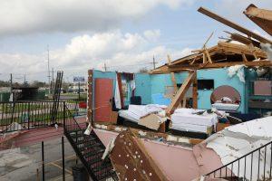 Teksasą užgriuvęs viesulas nusinešė penkias gyvybes