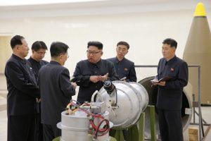 """Pchenjanas: """"visiška sėkmė"""" lydėjo vandenilinės bombos bandymą"""