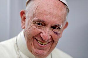 """Popiežius """"kvailais"""" netiesiogiai vadina tuos, kurie abejoja klimato kaita"""