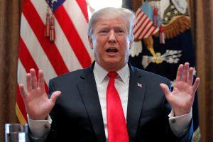 D. Trumpas žada optimistišką metinį pranešimą nepaisant ginčų dėl sienos su Meksika