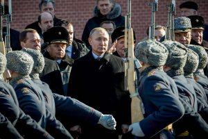 V. Putino mėnuo: JAV smūgis slaptiems smogikams ir perrinkimas be intrigos