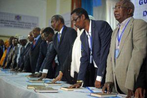 Somalyje prisaikdinti nauji parlamento nariai