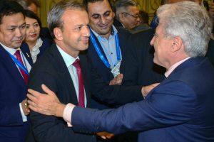 Pasaulio šachmatų vadovu išrinktas buvęs Rusijos vicepremjeras A. Dvorkovičius
