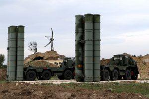 Turkija ir Rusija baigė derinti sutartį dėl priešraketinės gynybos sistemų pirkimo