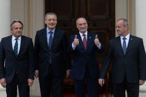 Keturios vidurio Europos šalys siųs savo karius į Baltijos šalis