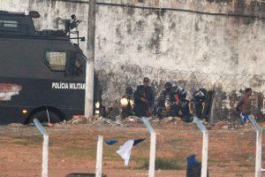 Brazilijoje valstijos gubernatorius prašo įvesti karius kalinių maištui numalšinti