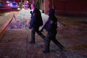 Vienas sulaikytų Kvebeko mečetėje šaudžiusių užpuolikų pats pasidavė pareigūnams