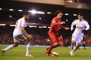 """""""Liverpool"""" grįžta į pergalių kelią - sutriuškino """"Swansea"""" futbolininkus"""
