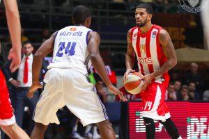 """""""Crvena Zvezda"""" krepšininkai nugalėjo """"Valencia Basket"""" klubą"""