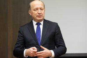 """A. Kubilius praneša, kad sūnus pasitraukė iš """"Modus Grupės"""" stebėtojų tarybos"""