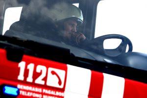 Per gaisrą apleistame name Vilniuje žuvo du žmonės