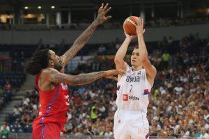 Olimpinis atrankos turnyras: Serbijos ir Italijos krepšininkai šventė pergales