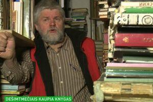 Vilnietis dešimtmečiais kaupia knygas: joms skyrė visus namus