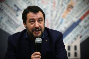 M. Salvini atsikirto Briuselio kritikai dėl biudžeto