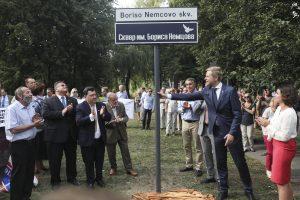 Politikai: neatsitiktinai B. Nemcovo skveras atidarytas prieš Rusijos ambasadą