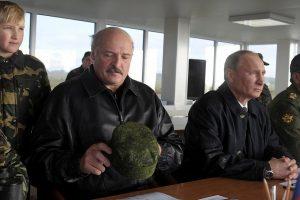 """Baltarusija pradeda išduoti akreditacijas žurnalistams stebėti pratybas """"Zapad"""""""