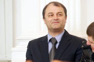 Už sukčiavimą kalinčio verslininko S. Rachinšteino į laisvę neišleido
