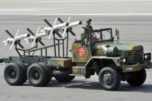 """Latvija pirks izraelietiškų prieštankinių raketų """"Spike"""""""
