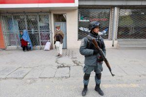 Šiitų mečetėje Kabule – savižudžio ataka: žuvo keturi žmonės