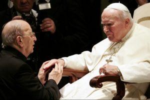 Vokietijoje pavogta drobės skiautelė su Jono Pauliaus II krauju