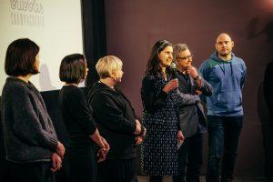 """Festivalio """"Šeršėliafam"""" atidarymo metu įteiktas Metų kino moters apdovanojimas"""