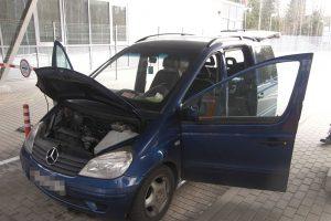 Cigaretes mašinoje slėpęs baltarusis Druskininkų pasieniečiams siūlė 500 eurų kyšį