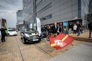Trečiąjį elektromobilių maratoną papildė neįprasti žaidėjai