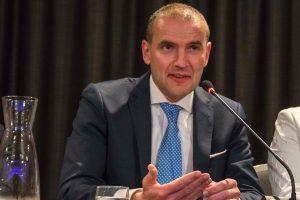 Islandai renka naują šalies prezidentą