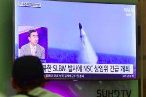 Šiaurės Korėja pykdo Japoniją: vėl paleido balistinę raketą