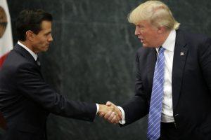 D. Trumpas atvyko į Meksiką ir susitiko su šios šalies prezidentu