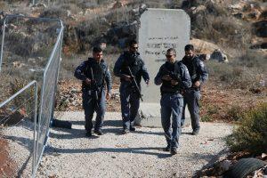 Vakarų Krante policininkai nukovė palestinietį