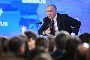 V. Putino metinė kalba: Rusija mažins karines išlaidas