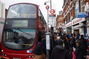 Londono metropoliteno streikas sutrikdė milijonų gyventojų planus