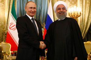 V. Putinas Maskvoje priėmė Irano prezidentą