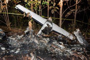 Kosta Rikoje sudužo turistus skraidinęs lėktuvas, žuvo 12 žmonių