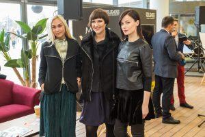 Garsios moterys Vilniuje pristatė unikalius šviesos jungiklius