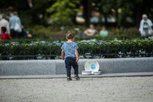 Tušti dubenys Vilniaus centre – kvietimas padėti Mozambiko vaikams