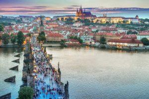 Valentino dienai artėjant: penki romantiškiausi Europos miestai